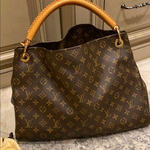 Authentic Artsy MM Louis Vuitton Handbag